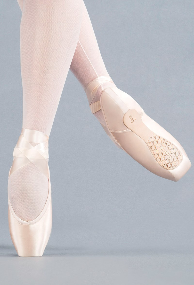 668a64c1144 Airess Broad Toe Wide Width Pointe Shoe